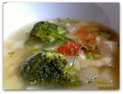 Диетический суп из куриной грудки и капусты ...