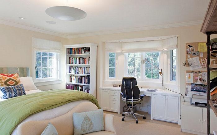 Гармоничное сочтение спальни и домашнего офиса