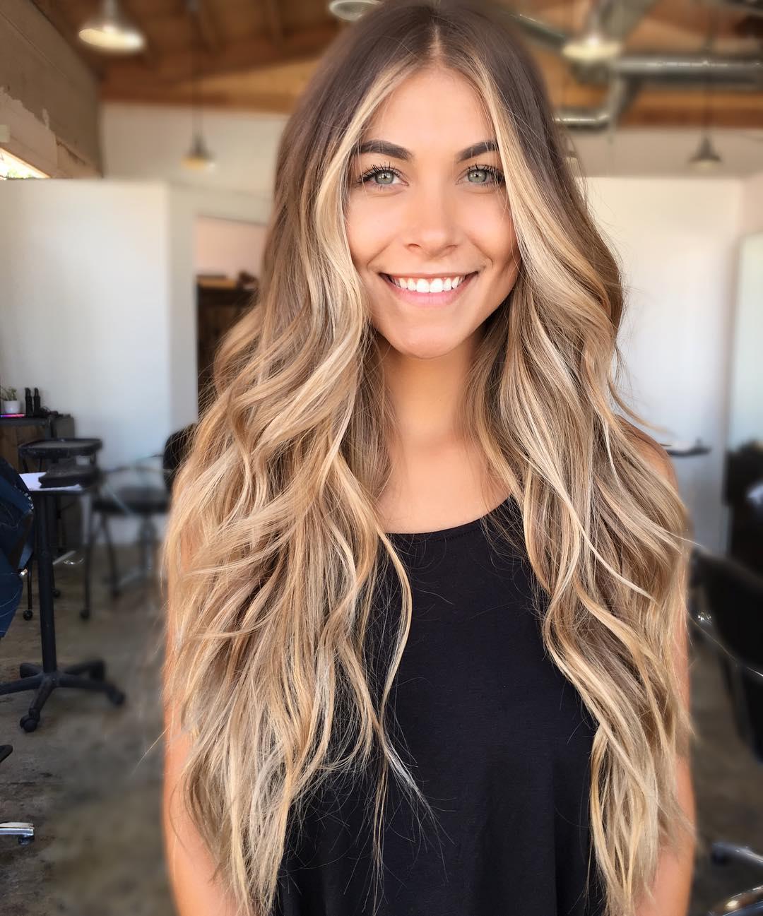 Как сделать светлые пряди на темные волосы фото