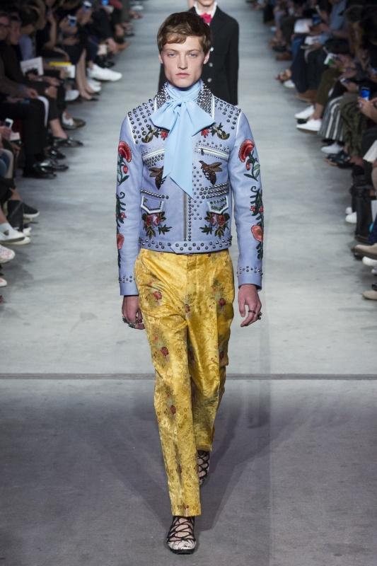 ������� ��������� �����-���� 2016 �� Gucci