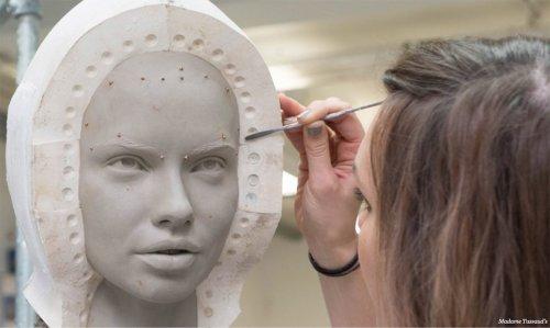 Как это делается: восковые фигуры Музея Мадам Тюссо (13 фото)