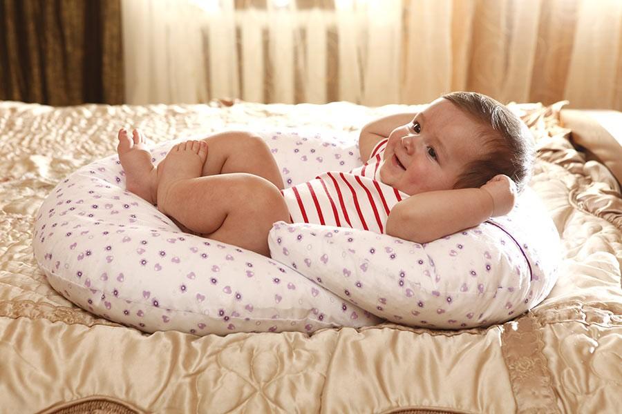Подушка для кормления ребёнка своими руками