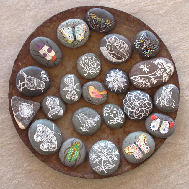 Картины на камнях своими