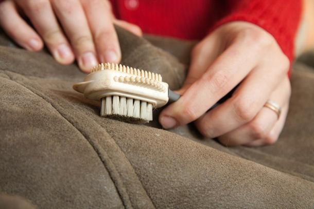 Как очистить пятно на дубленке в домашних условиях натуральную