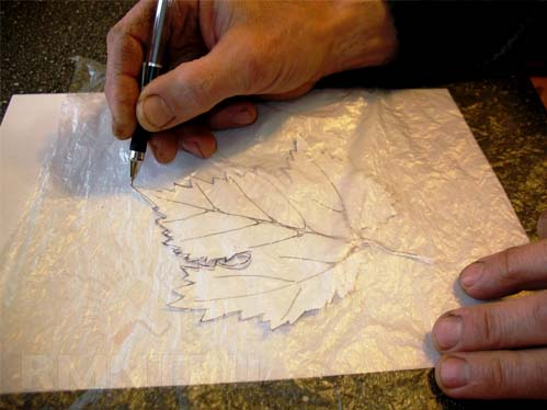Гирлянда из крепированной бумаги своими руками