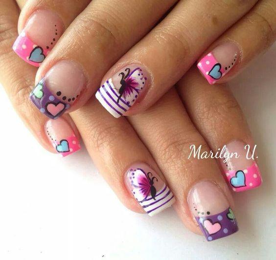 Цветной френч с рисунком на коротких ногтях