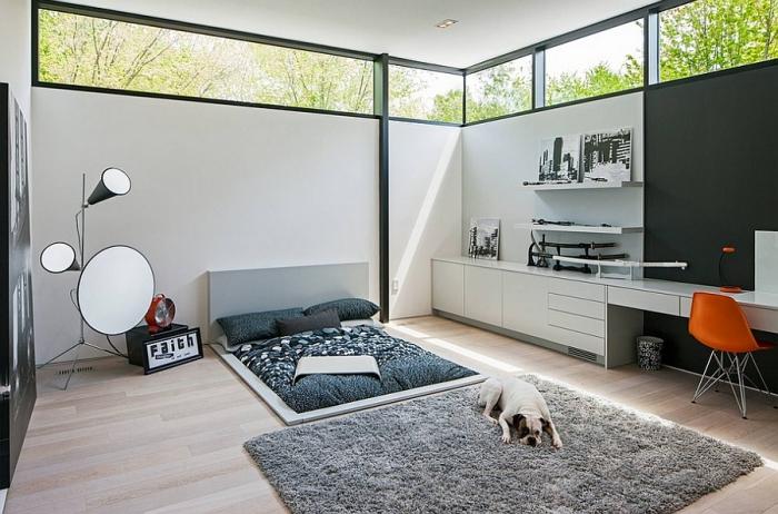 Ультрасовременная спальня с домашним офисом