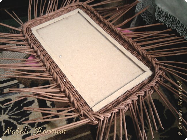 Мастер-класс Рама паспарту Плетение Рамочки Трубочки бумажные фото 6