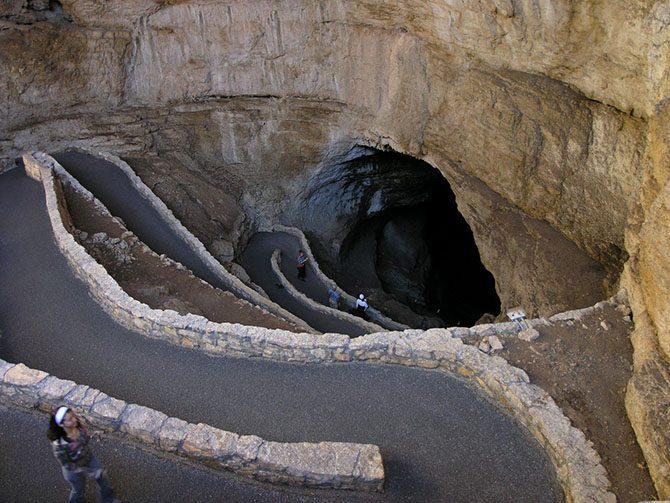 Роскошные Карлсбадские пещеры