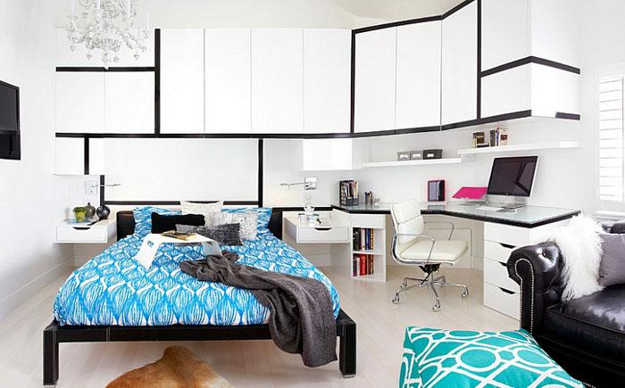 Роскошная спальня с рабочим местом