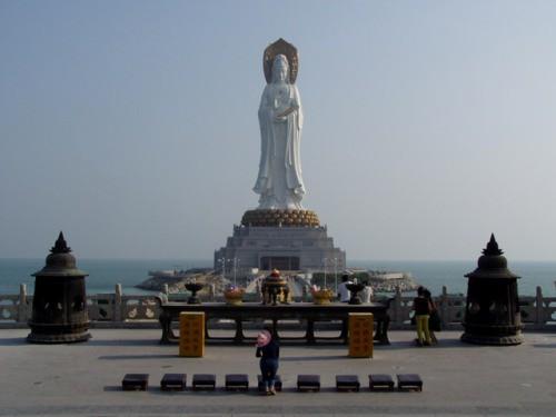 2. Буддистская статуя Гуаньянь, Санья, Китай. история, факты