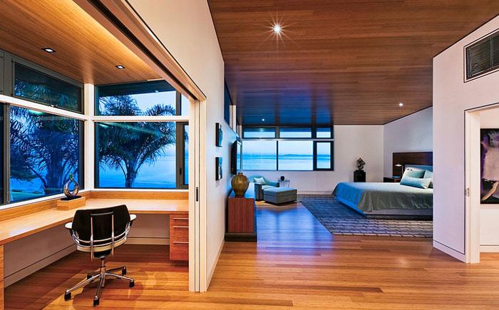 Спальня с отдельным домашним офисом