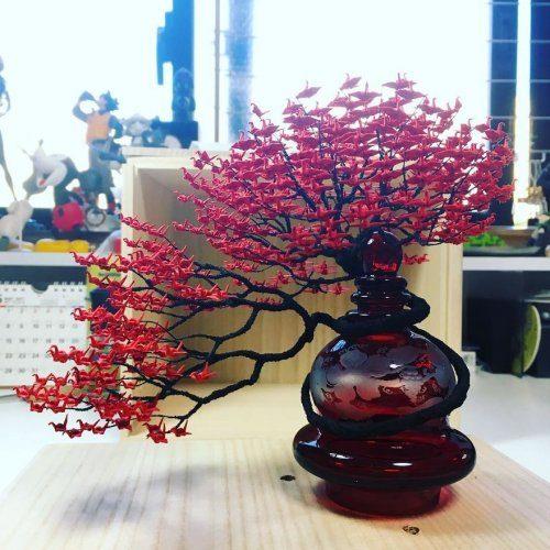 Деревья-бонсай с кронами из тысяч журавлей от Наоки Оногава