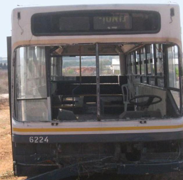 Автобус даме достался вот в таком виде: автобус, креатив, луаз