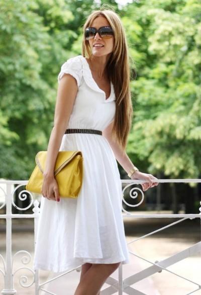 приталенное платье с расклешенной юбкой