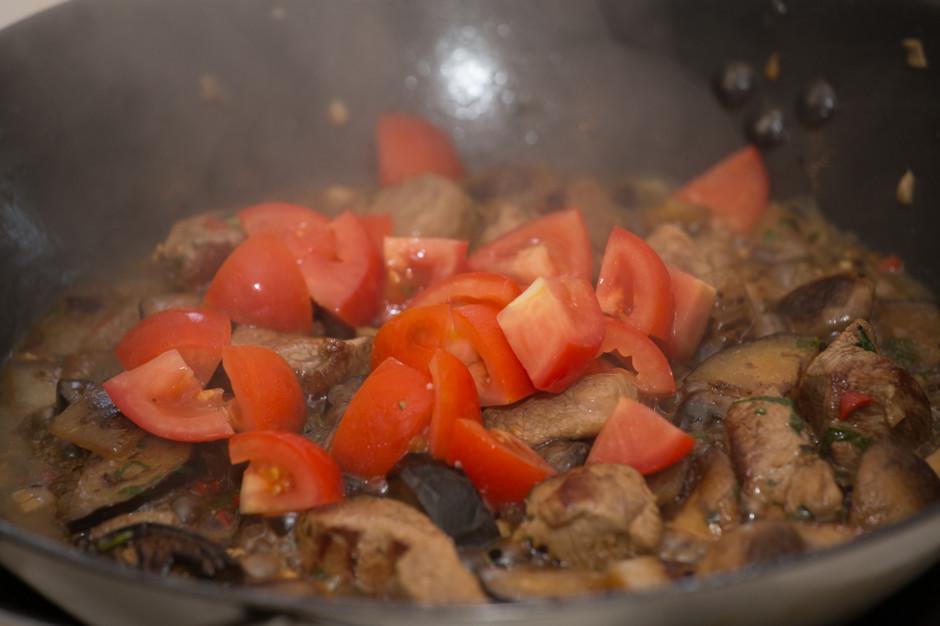 Жаркое из свинины с картошкой и баклажанами рецепт