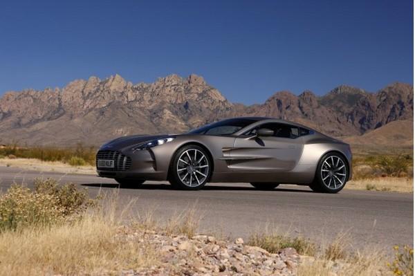 6. Aston Martin One-77 авто, факты