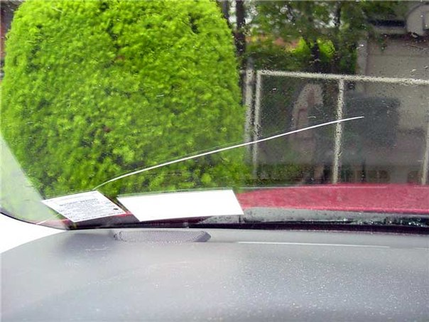 Заливка трещины на лобовом стекле своими руками