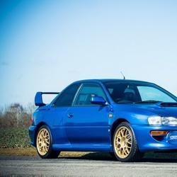 Subaru Impreza 22B с пробегом 2540 миль