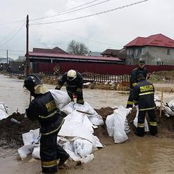 Почему безымянное озеро держит в страхе бывшую столицу Казахстана
