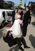 Свадебные фотографы, которые ради хорошего снимка готовы на всё