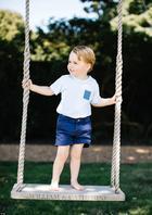Принцу Джорджу три года: новая серия фотографий самого фотогеничного мальчика Великобритании