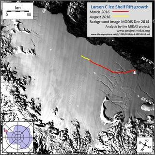 В Антарктиде обнаружили огромную трещину в крупном леднике