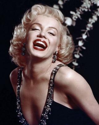 7 секретов визажиста знаменитой блониднки Мэрилин Монро, которые сделали из нее идеал