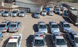 ФАС выявила нарушения при закупке автомобилей с мигалками