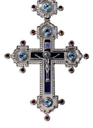 Нательный крестик. Откуда появилась традиция ношения нательных крестиков и зачем его носить?