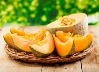 А вы знали, что дыня — это огурец? 5 бесценных фактов о самом полезном овоще лета