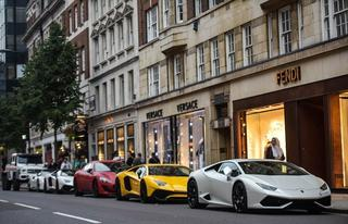 Сезон арабских суперкаров в Лондоне