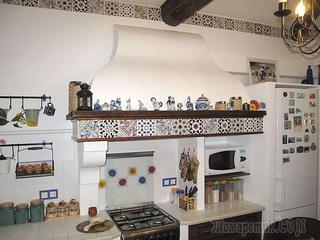 Кухня своими руками: ремонт загородного дома