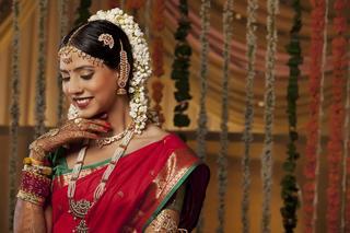 Красота по-индийски: бьюти-привычки и любимая косметика местных жительниц