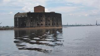 Экскурсия по Кронштадту и небольшая прогулка по Санкт-Петербургу