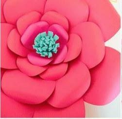 Делаем из бумаги крупные цветы для фотосессий