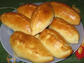 Вкусные пирожки с яблоками из дрожжевого теста в духовке