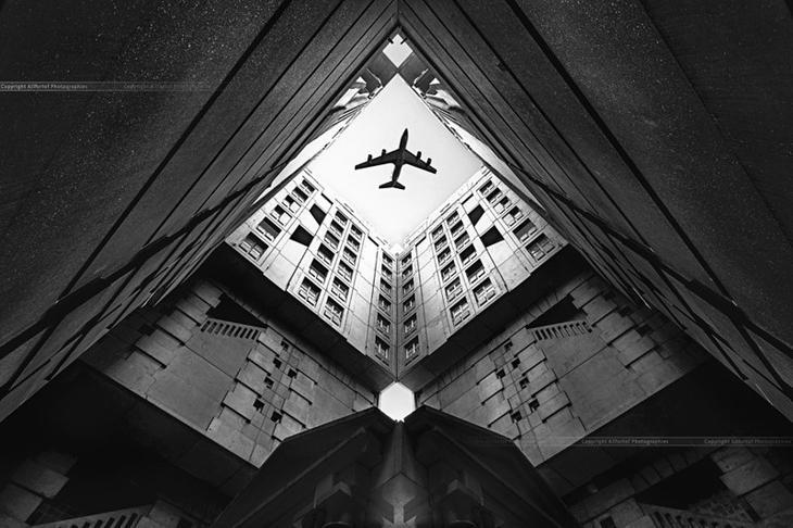 10. Пролетая над городом прикол, фотки, юмор