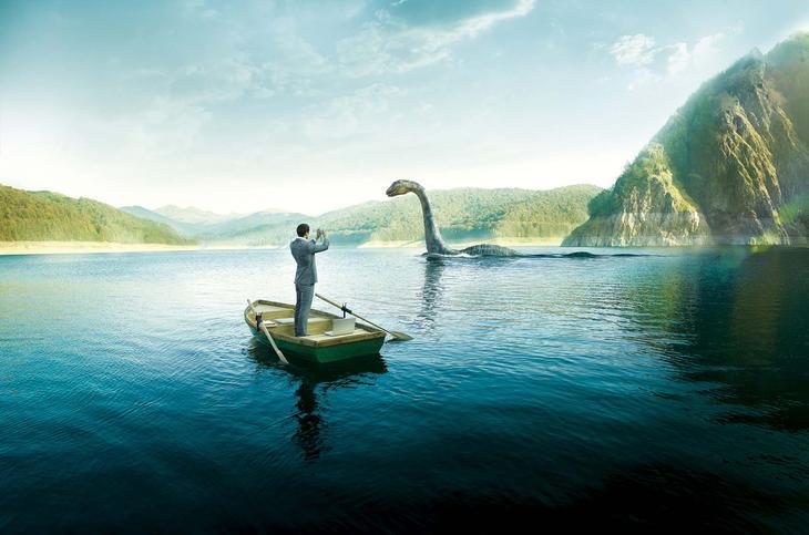 Не верите в монстра? Так или иначе, на озеро Несс приезжают миллионы (!!!) туристов. Это самое популярное место во всей Шотландии, люди специально едут из других стран. Что они ищут здесь, ведь шансы встречи стремятся к нулю, а про чудовище всё напис лох, несс, озеро