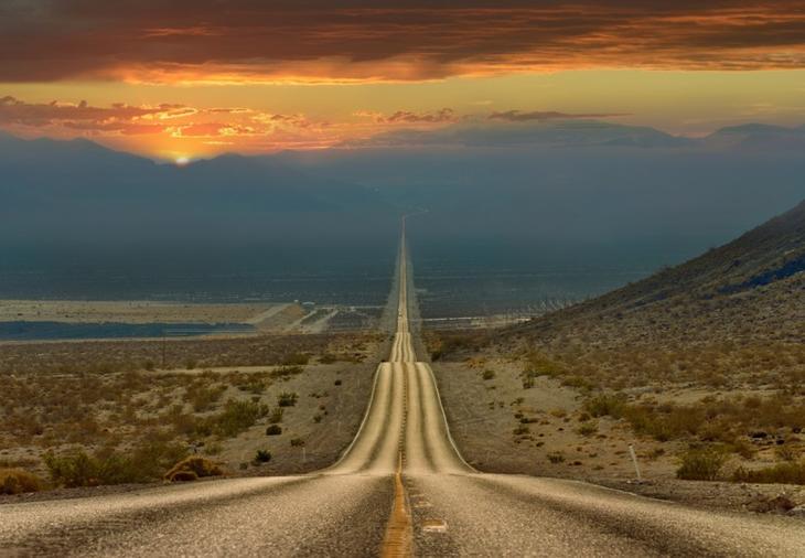 17. Дорога через долину смерти, Калифорния. Более 200 километров по прямой. интересное, фото