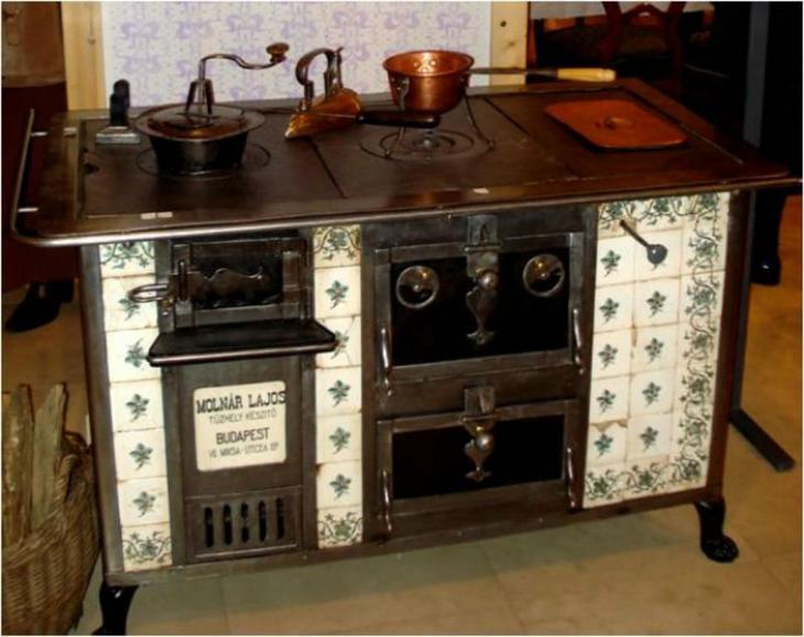 Сто лет в обед: как стирали, убирали и готовили женщины в прошлом веке