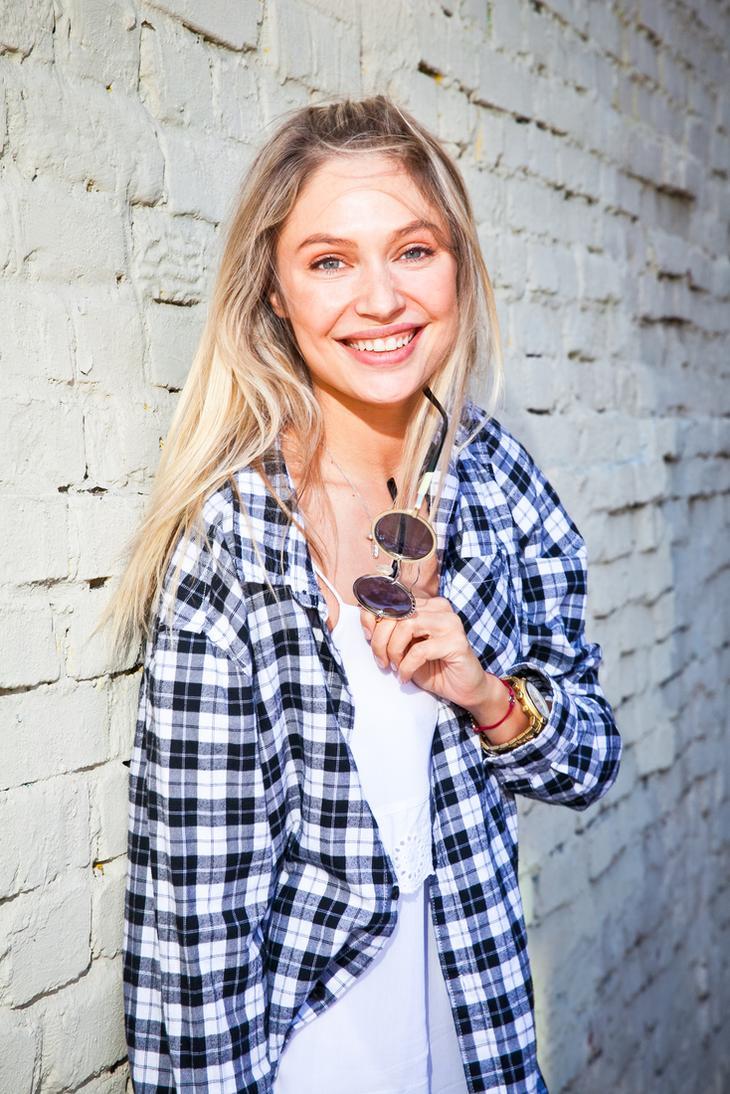 Фото простых девушек блондинок 23 фотография