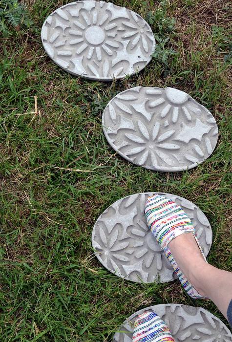 Круги для садовых дорожек.