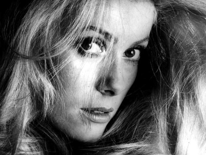 Легендарная французская актриса Катрин Денев | Фото: hochu.ua