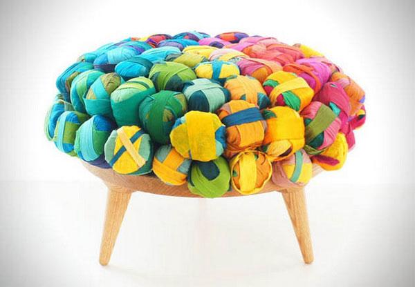 Мебель, созданная из обрезков шёлка: яркий пример вторичной переработки сырья