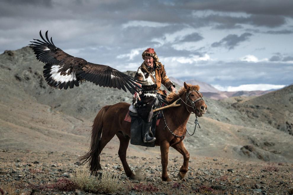 вставить текст завораживающие фото казахов живущих в монголии квартир-студий