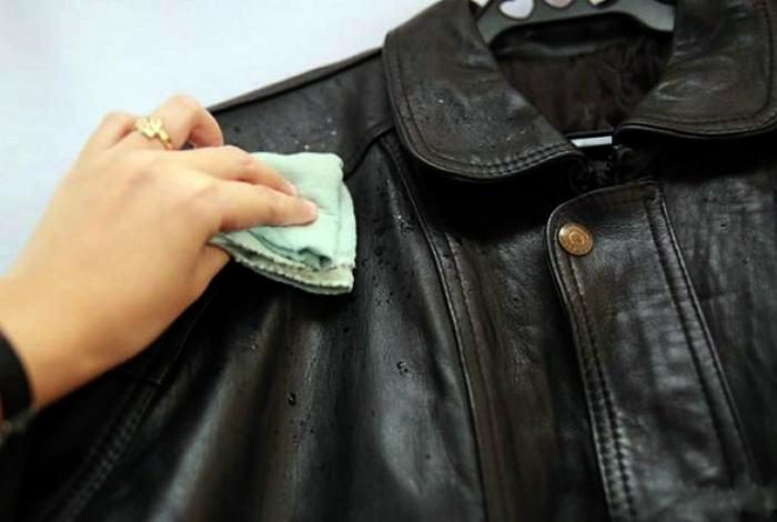 Почистить кожаную куртку.