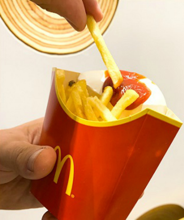 Упаковка для картошки фри. | Фото: Всяко.нет.
