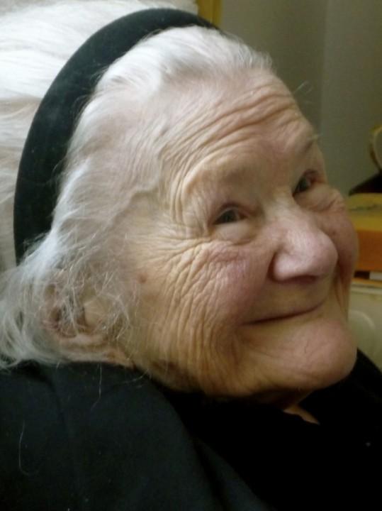 Irena Sendler May 3 2008 9 days before she passed away 599x800 Храброе Сердце Ирены Сендлер