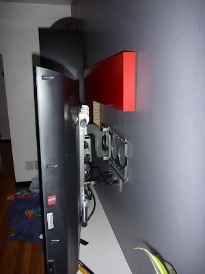 как прикрепить телевизор к стене-4